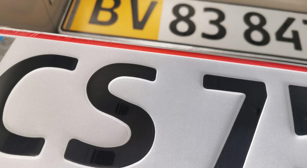 Motorkontor vojens, køb nummerplade, indregistrering af biler