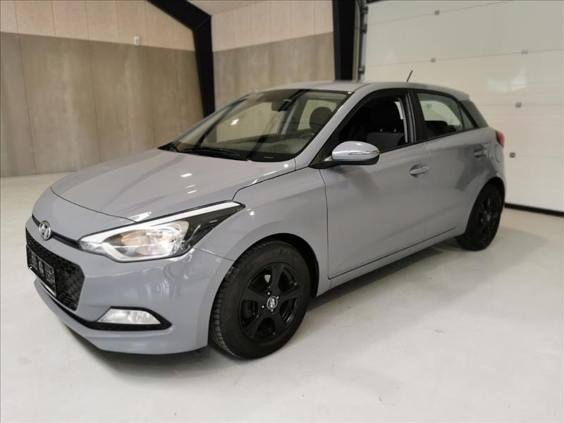 Salg af nyere brugte biler -  Hyundai - sælges