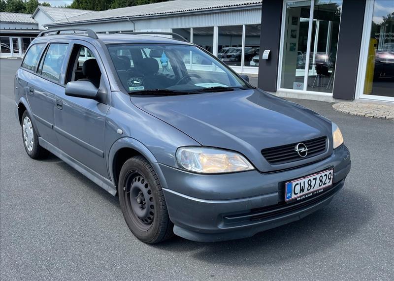 Salg af nyere brugte biler -  Opel - sælges